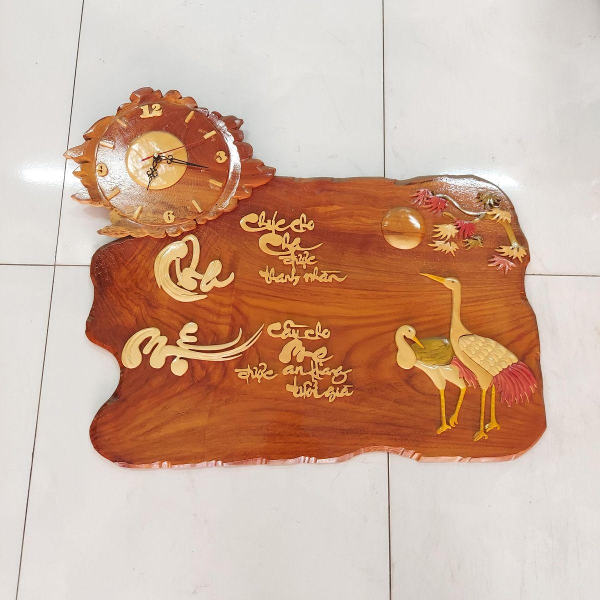 Đồng Hồ Treo Tường Gỗ Thư Pháp Cha Mẹ- SP712