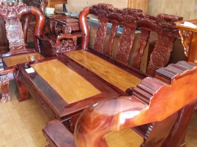 bàn ghế gỗ tự nhiên 100% cao cấp
