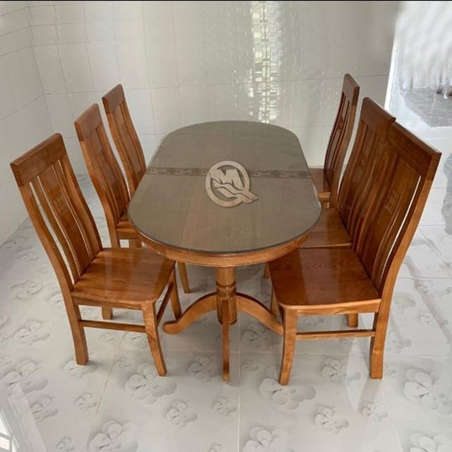 Bàn ăn 6 ghế sồi màu TLOV gọn gàng, lịch sự