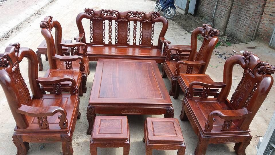 Bộ bàn ghế minh quốc đào tay 12 ra đời được lấy ý tưởng từ trái đào tiên
