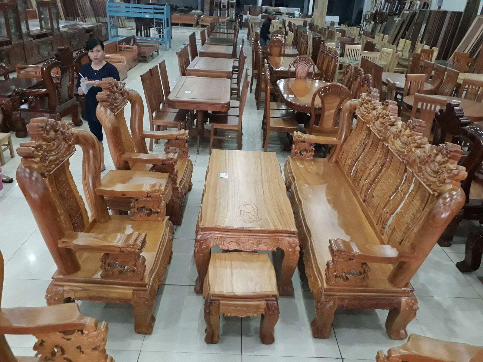 Bộ bàn ghế đỉnh Nghê 4 tựa tay rồng 12 -  SP541