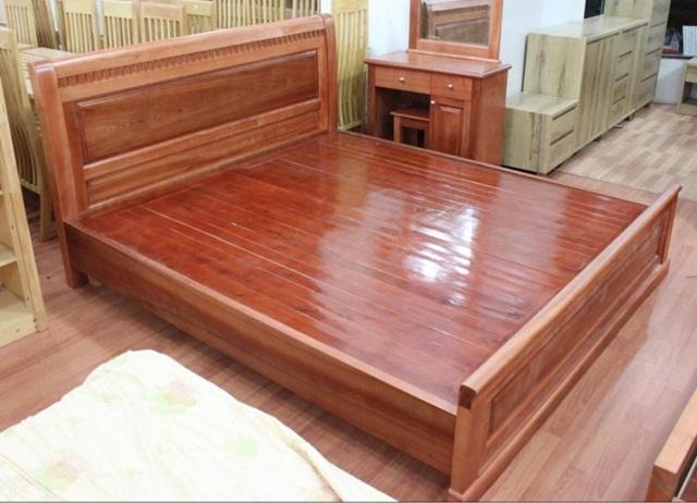 Kê giường gỗ xoan đào sẽ đem đến may mắn cho gia chủ