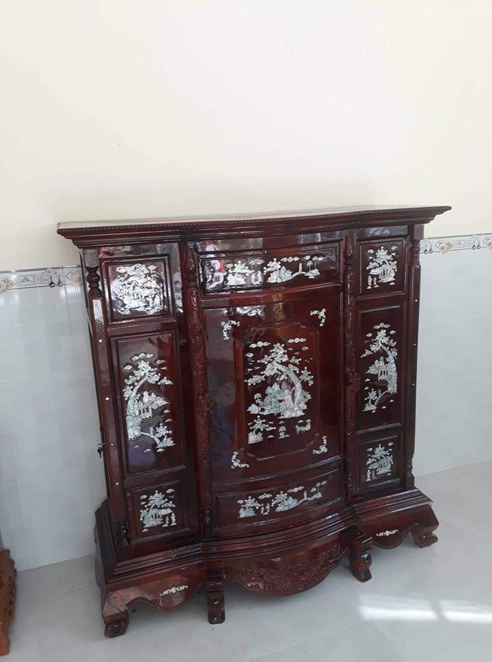 Mẫu tủ thờ gỗ tràm cẩn trai