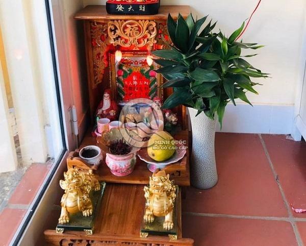 Vị trí đặt bàn thờ Ông Địa trong nhà ở dưới đất, sát tường