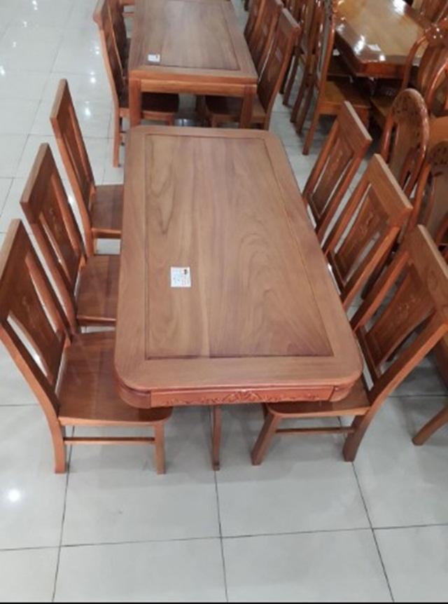 Sản phẩm bàn ăn gỗ tự nhiên chân tiện CN