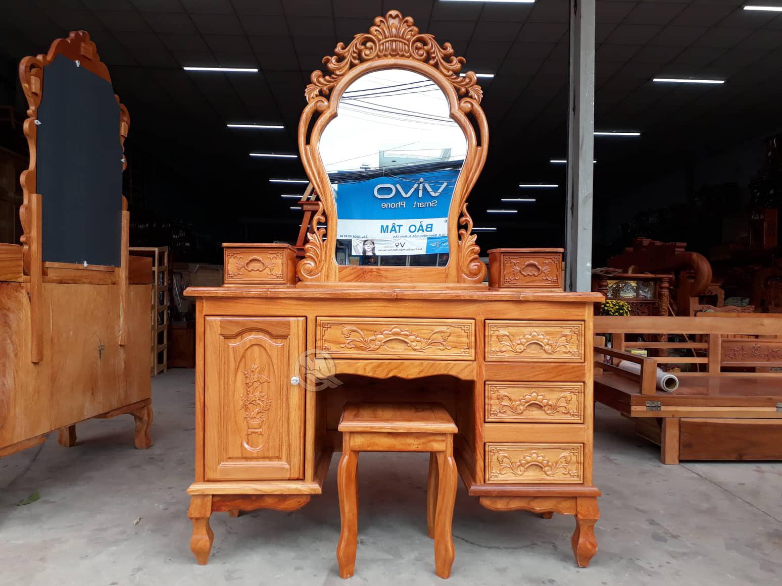 Bàn Trang Điểm 1m1 Gõ - SP518