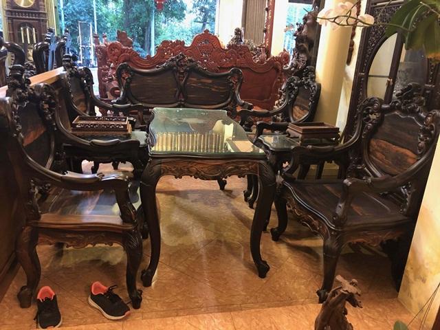 Bộ bàn ghế gỗ mun kiểu Louis Pháp