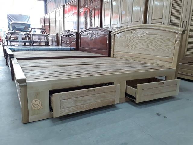Giường ngủ gỗ sồi có hộc tủ - Sản phẩm của Công ty Minh Quốc