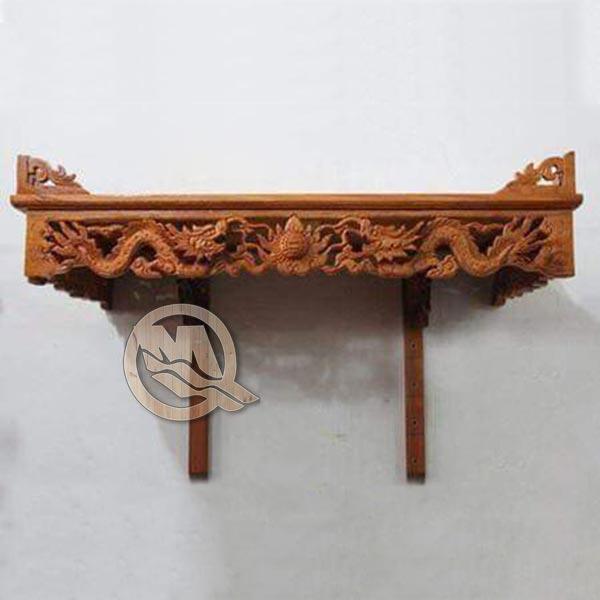 Bàn thờ treo tường chạm khắc hình rồng