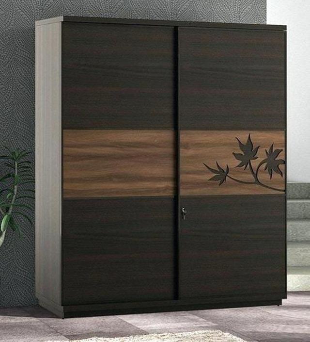 Tủ quần áo cửa lùa gỗ tự nhiên chạm họa tiết