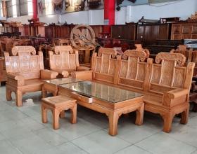 Sofa Á Âu Voi Gỗ Sồi Lau Hương - SP806